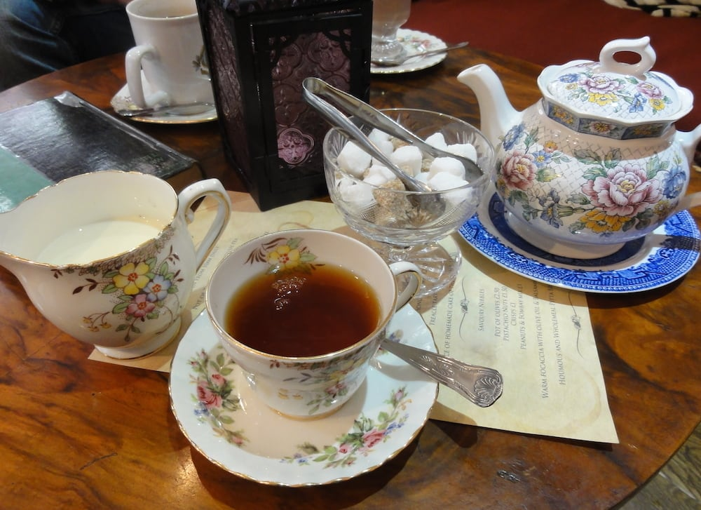 03-britain-tea-english-ceremony