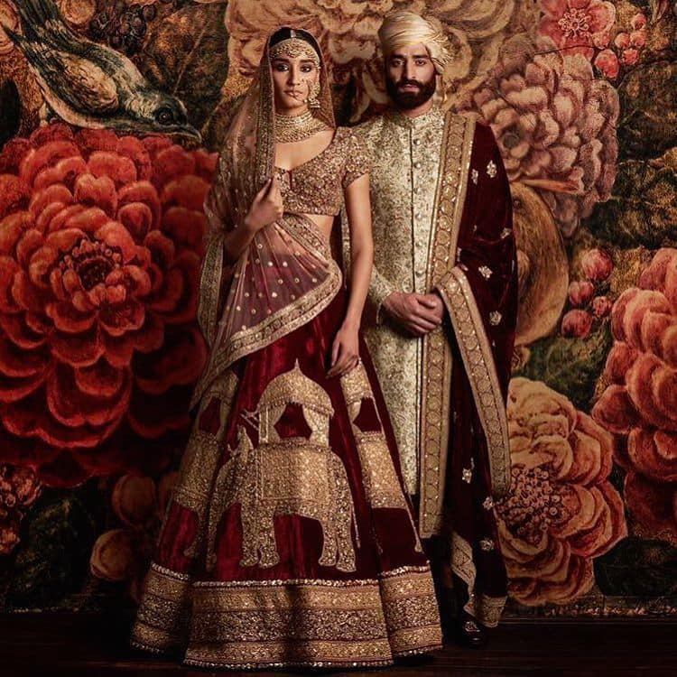 india traditional wedding outfits from around the world wedding dress bride groom