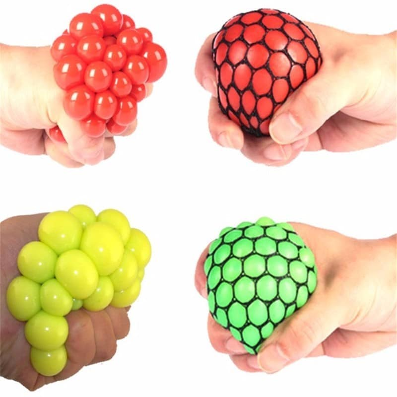Funny-vent-Toys-Stress-Reliever-Grape-Ball-Creative-Water-Polo-Joke-Gadget-Vent-abreact-Extrusion-Antistress