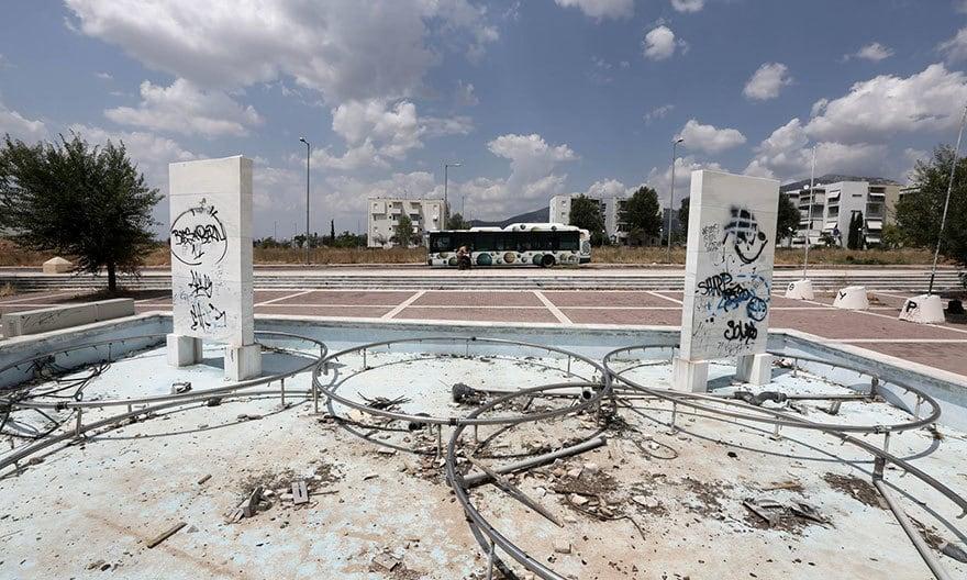 Фонтан в Олимпийской деревне, Афины, 2004 Место проведения летних Олимпийских игр