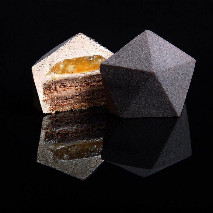architectural-cake-designs-patisserie-dinara-kasko-013