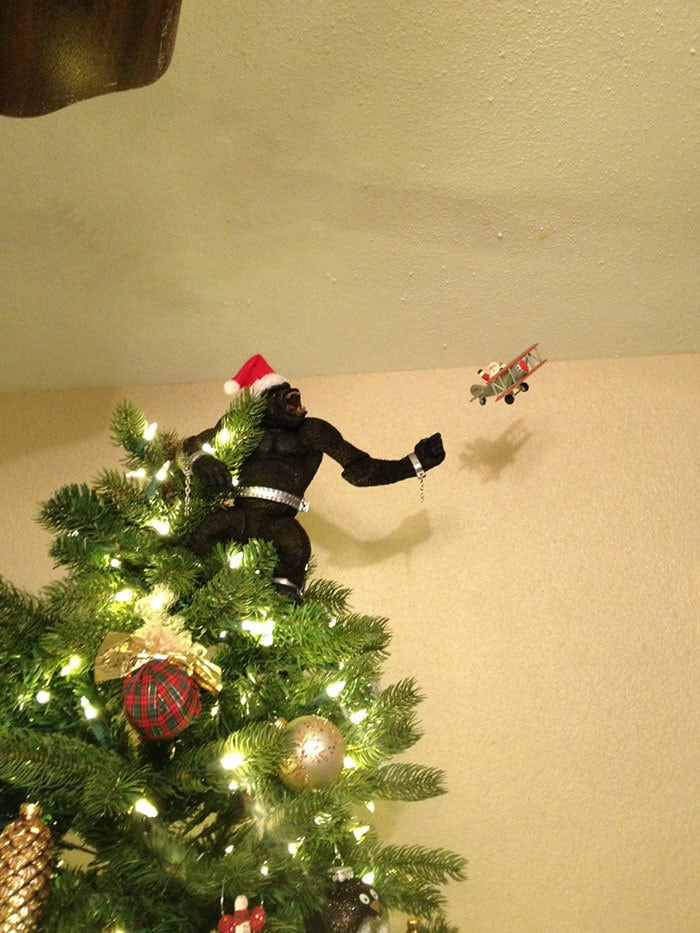 """I Told My Fiancee That We Needed To Get A Funny Tree Topper To Offset The """"Adult"""" Tree. He Nailed It"""