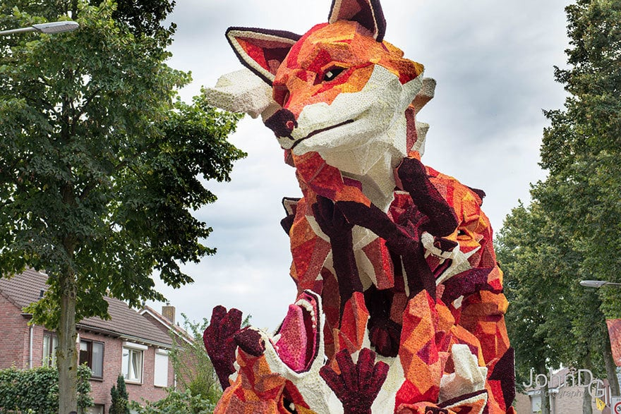 flower-sculpture-parade-corso-zundert-2016-netherlands-33