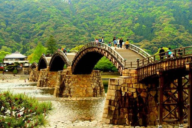 Картинки по запросу Мост Кинтай, Япония