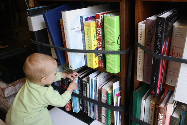 Use Bicycle Inner Tubes Tied Around Each Shelf So Your Baby Can