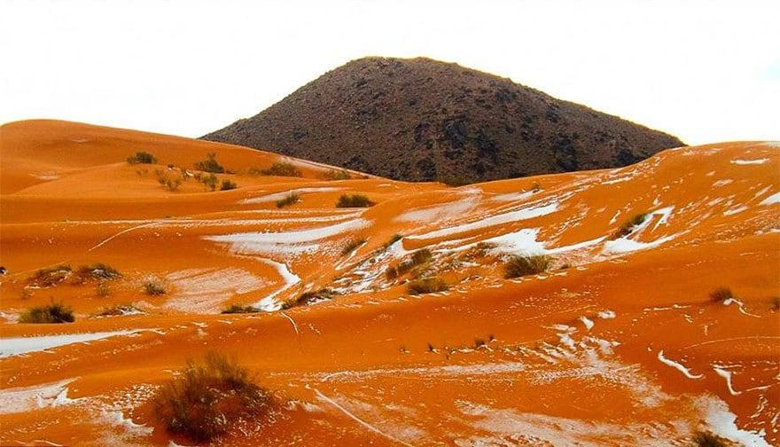 rare-snow-sahara-desert-geoff-robinson-9