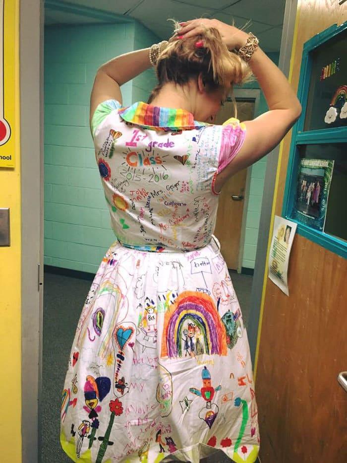 students-doodle-teacher-dress-chris-sharee-castlebury-pat-henry-elementary-3
