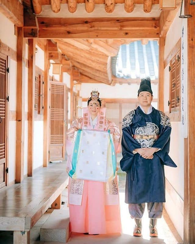 Traditional Wedding Outfit in South Korea