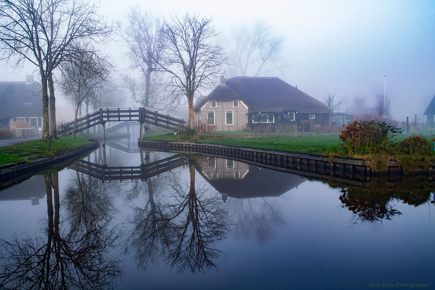 water-village-no-roads-canals-giethoorn-netherlands-12