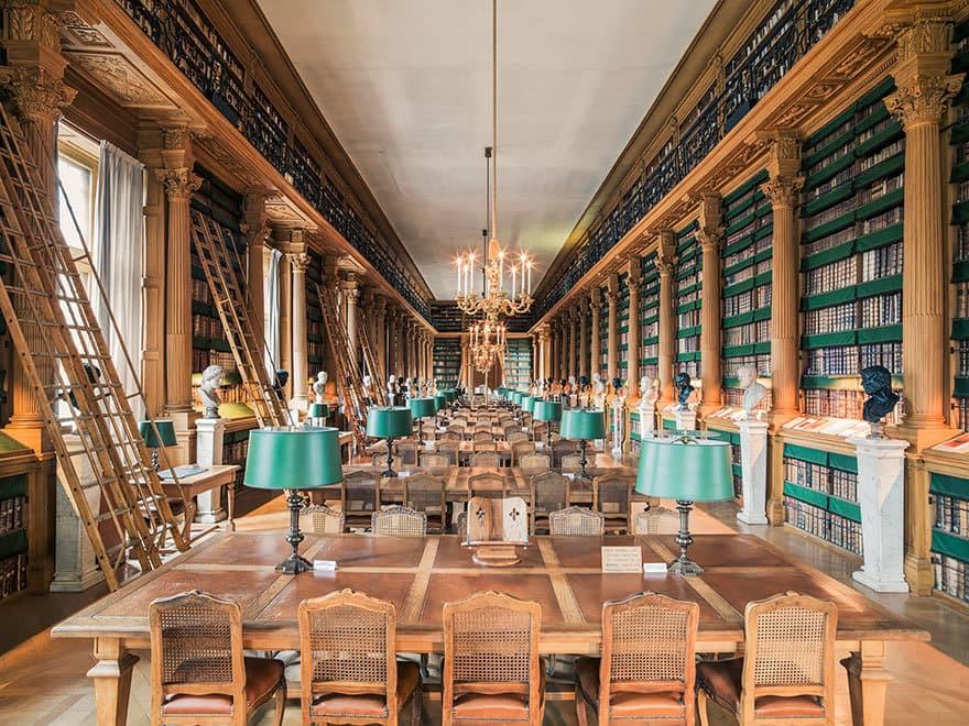 amazing-libraries-9__880