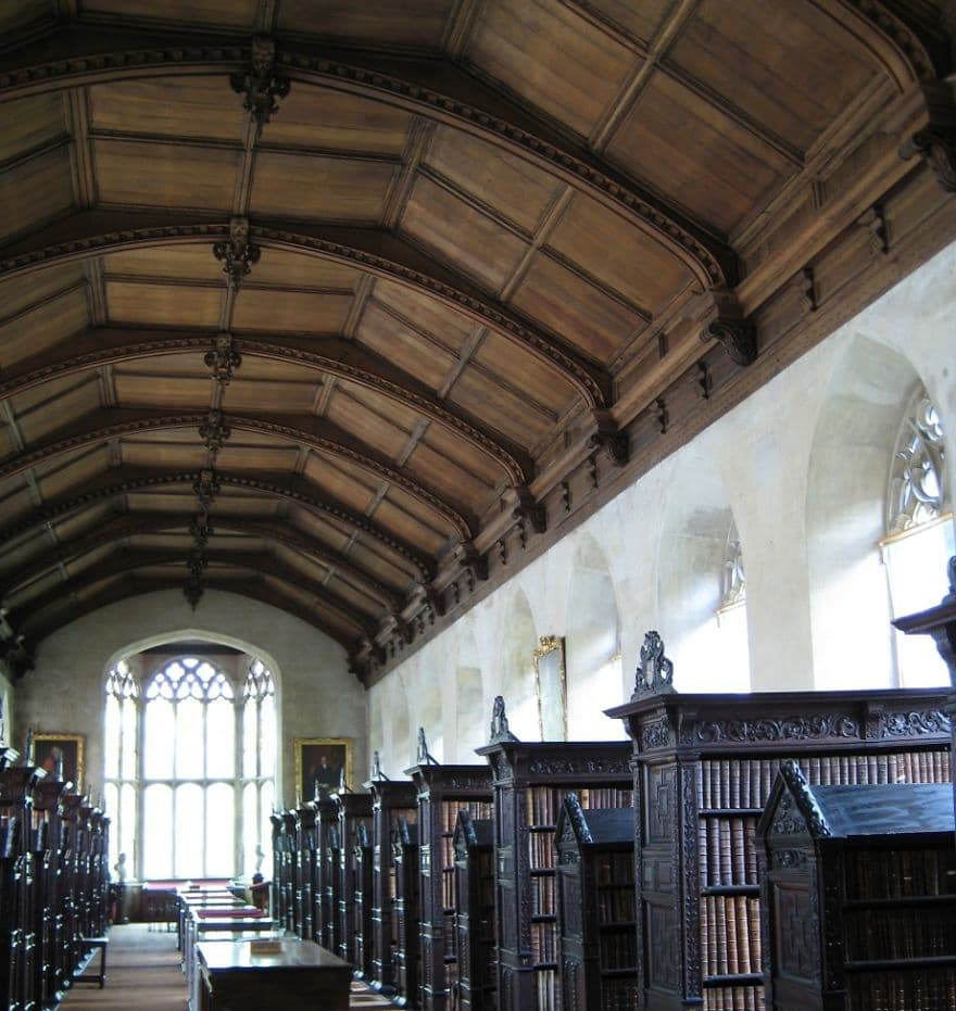 amazing-libraries-around-the-world-11__880