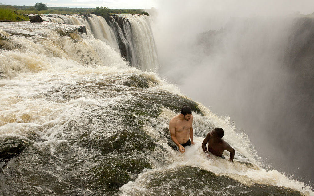 Devils-Pool-at-Victoria-Falls