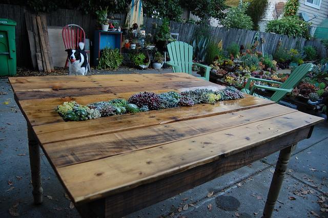 Outdoor-Pallet-Furniture-DIY-ideas-and-tutorials12