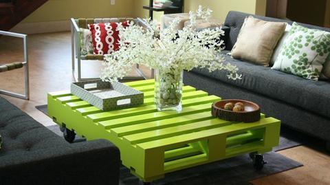 green pallet coffee table-wonderfuldiy