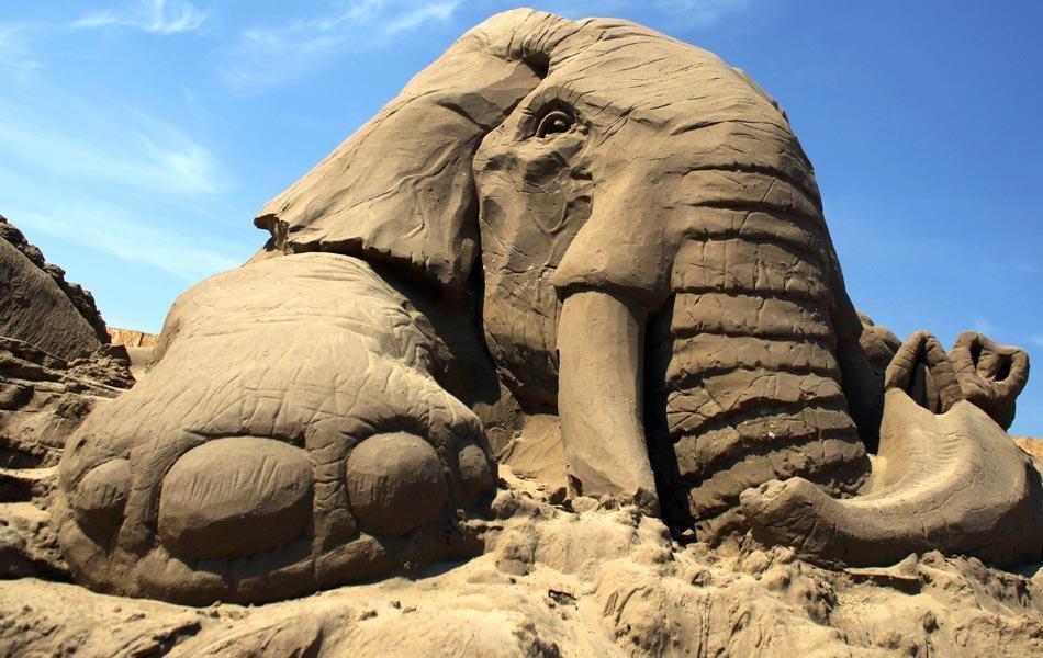 1357900476_peschanye-skulptury-11