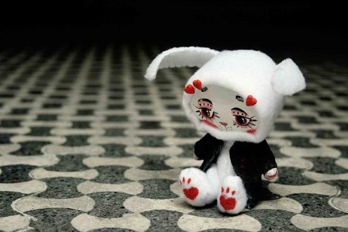 43590450_white_rabbit_by_da_bu_di_bu_da