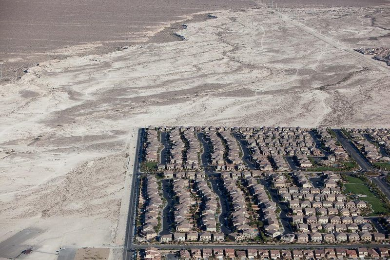 Жилой район Лас-Вегаса - вид с высоты птичьего полета