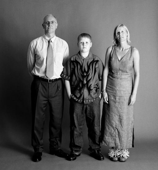 Фотограф делал фотографии одной и той же семьи на протяжении 22 двух лет! Результат просто потрясающий!