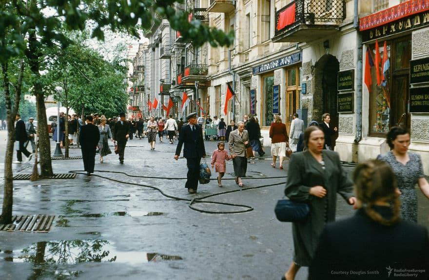 Улица в центре Киева, Украина