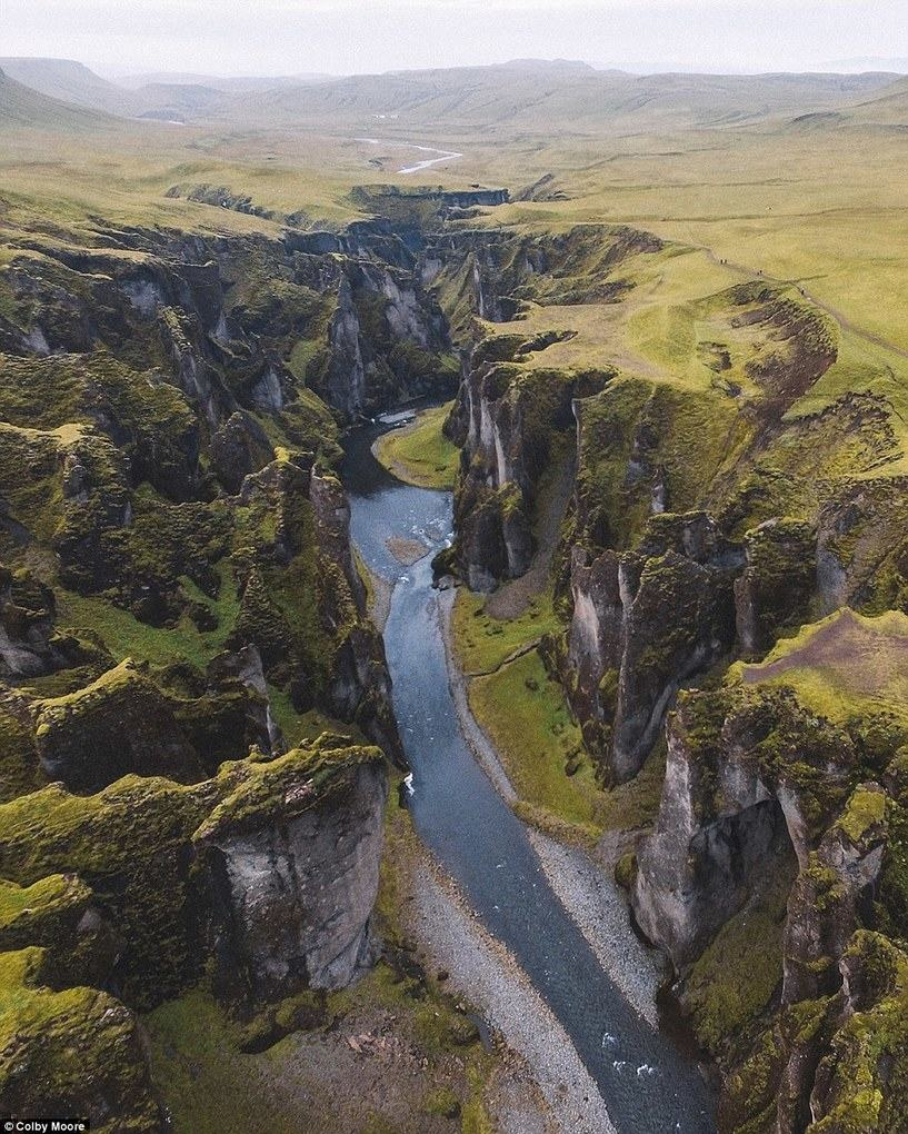 @colbyshootspeople posted this image of Fjaðrárgljúfur in Iceland and captioned it saying,