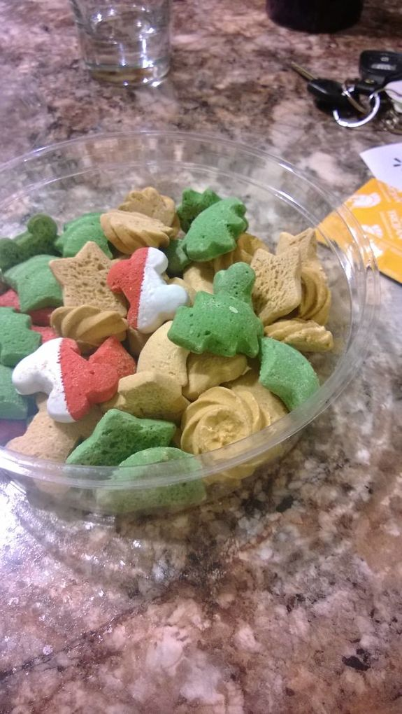 """Caught My Girlfriend Eating These """"Christmas Cookies"""". They"""