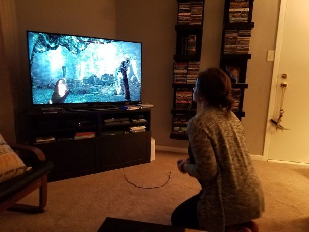 Introduced My Girlfriend Who Never Plays Video Games To Skyrim... I Come Home From Work To Find This