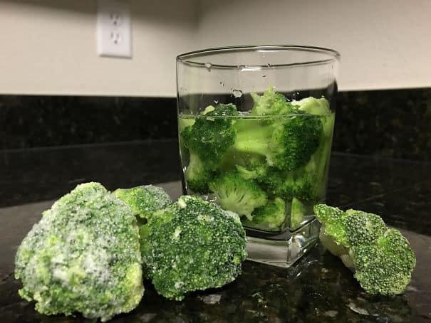 Используйте замороженные овощи, когда вы бежите из льда