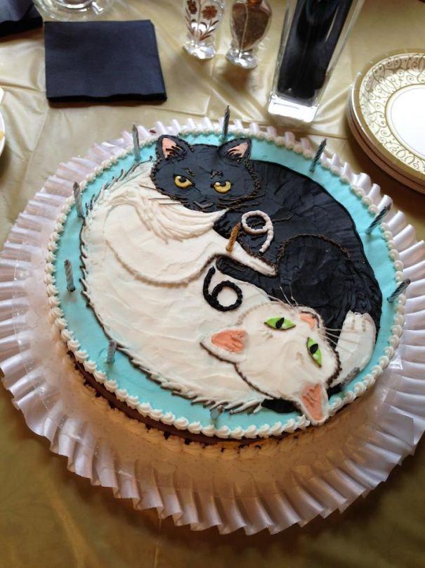 Так что это был 69-й день рождения моей бабушки, я подумал, что вам понравится торт, который она сделала