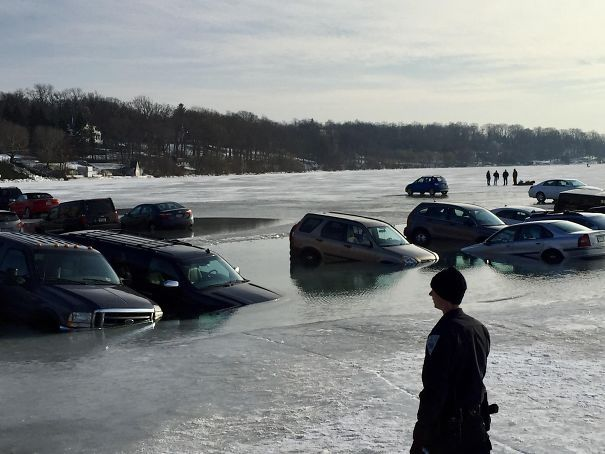 Парковка на льду