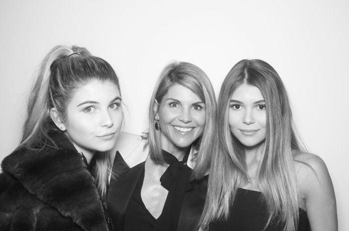 Лори Лофлин с дочерьми