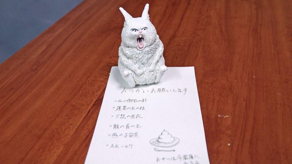 Японец превращает диковатые фотки котов в фигурки. Так как нормальные коты — прошлый век! 24
