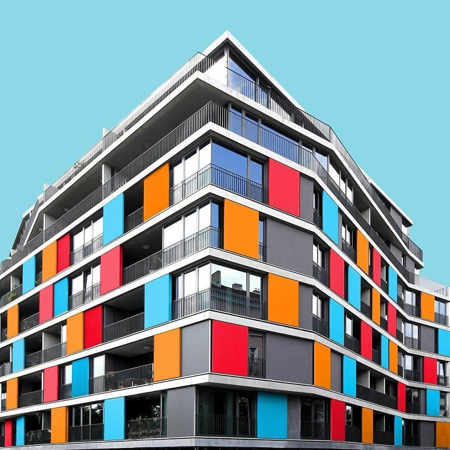 I Got Bored By The Gray Cityscape Of Berlin So I Started To Colorize Buildings With Photoshop