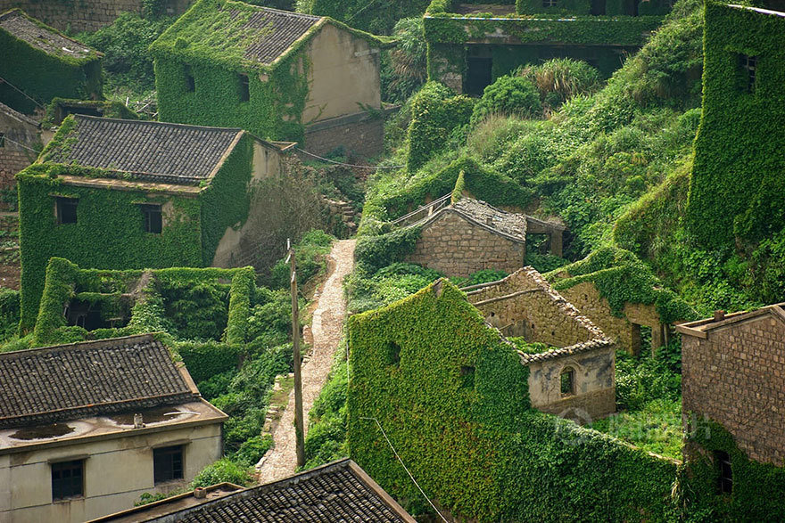 Abandoned Fishing Village In Shengsi, China