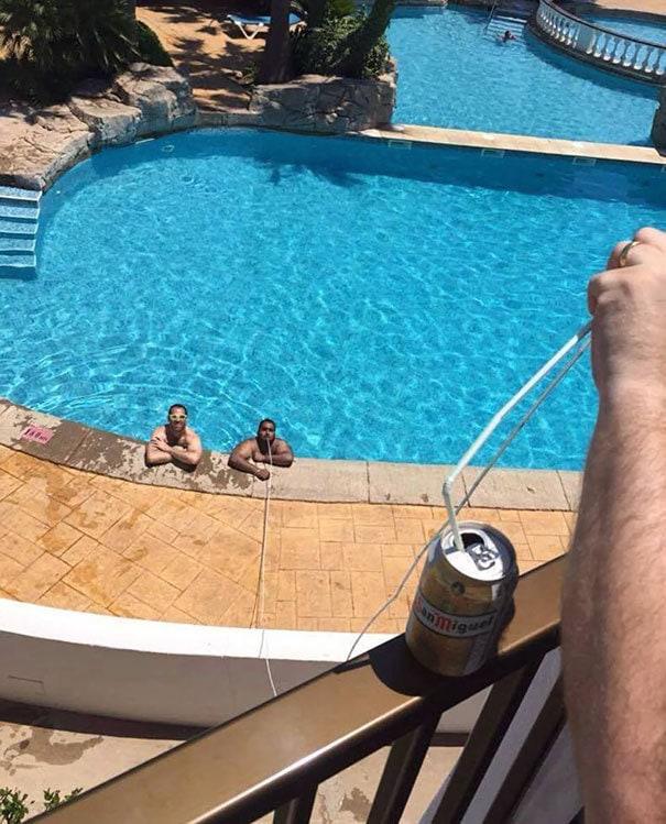 Когда в бассейне разрешено использование каких-либо напитков