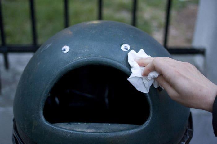 A Really Sad Trashcan