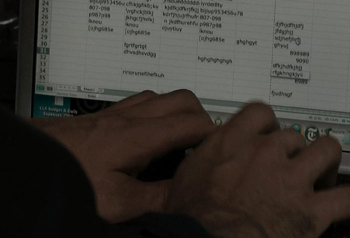 "In The Movie ""Unthinkable"" You See A Guy Try To Defuse A Nuclear Bomb With Excel"