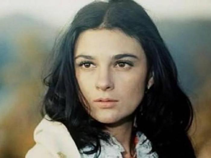 Советская, молдавская и российская актриса театра и кино.