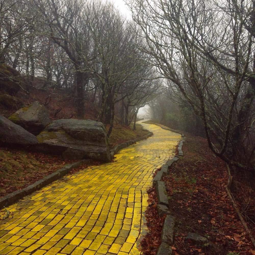http://twizz.ru/wp-content/uploads/-000//1/lugares-abandonados-11.jpg