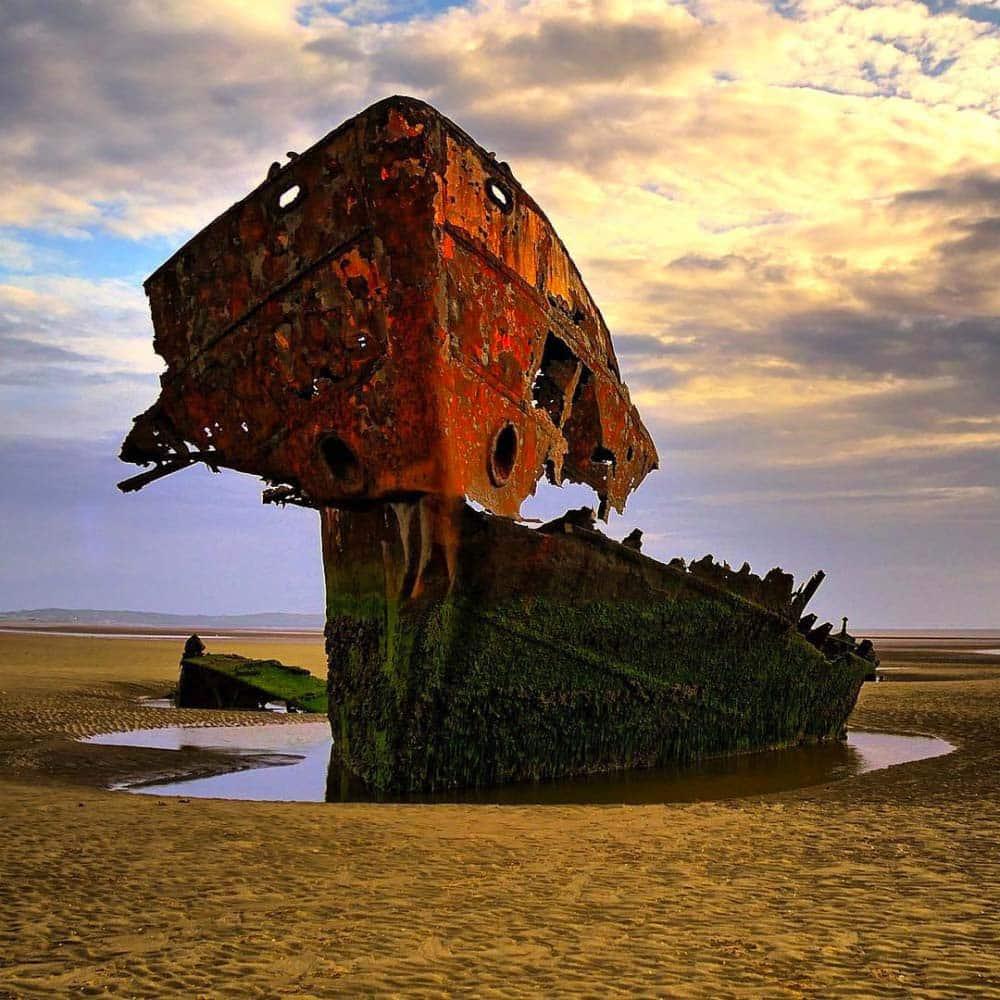 http://twizz.ru/wp-content/uploads/-000//1/lugares-abandonados-8.jpg