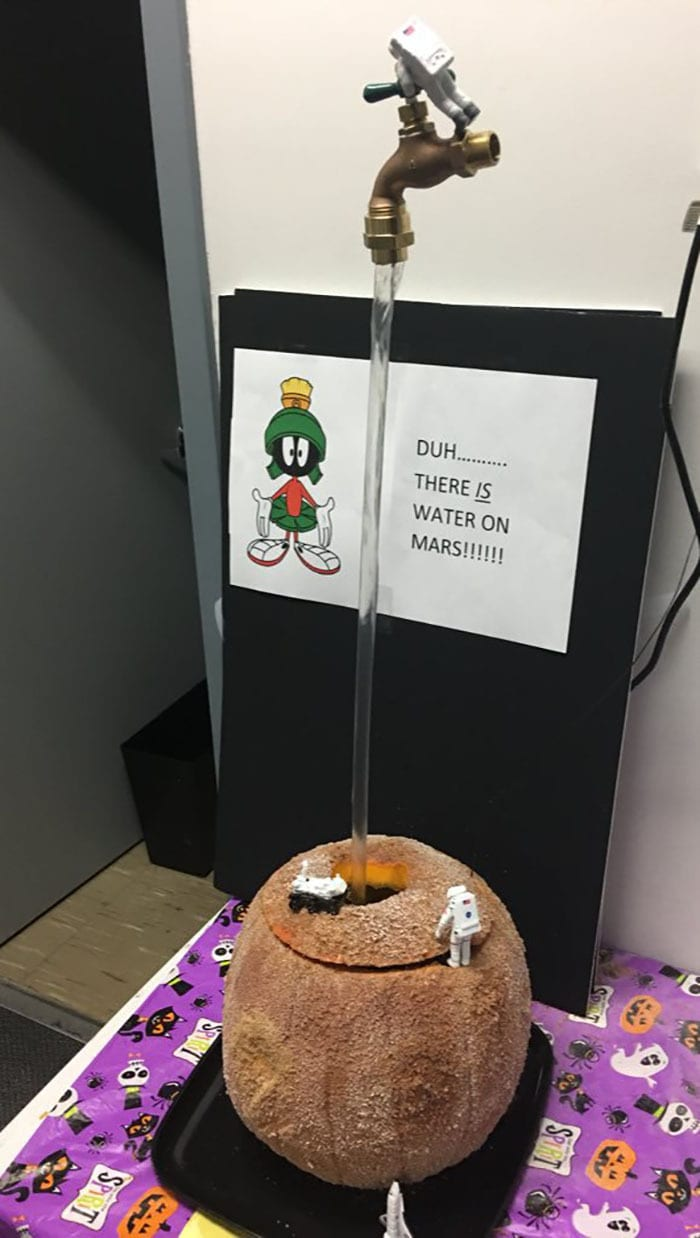 Duh... There Is Water On Mars!