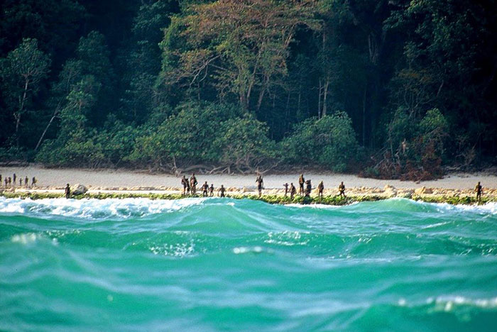north-sentinel-island-untouched-modern-civilization-people-8