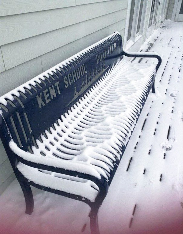 The Pattern The Snow Makes On This Bench Is So Satisfying