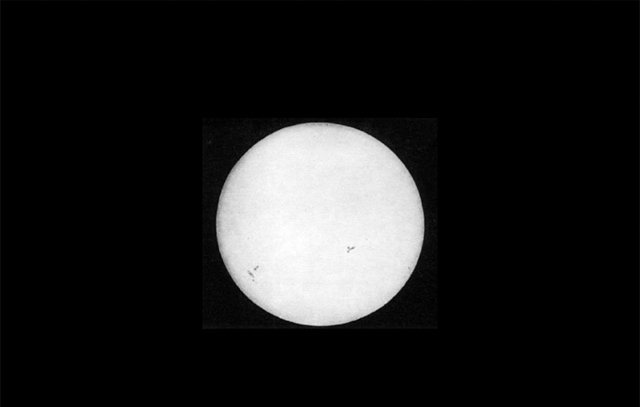 oldest photograph of the sun