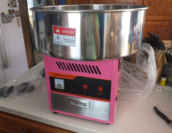 My Dad Ordered A Fryer, But Amazon Sent Him A Cotton Candy Machine Instead. Sadly, This Is The Highlight Of My Year