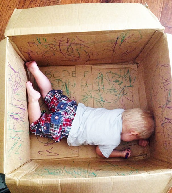 Leave Your Kids With Their Creativity In The Empty Box