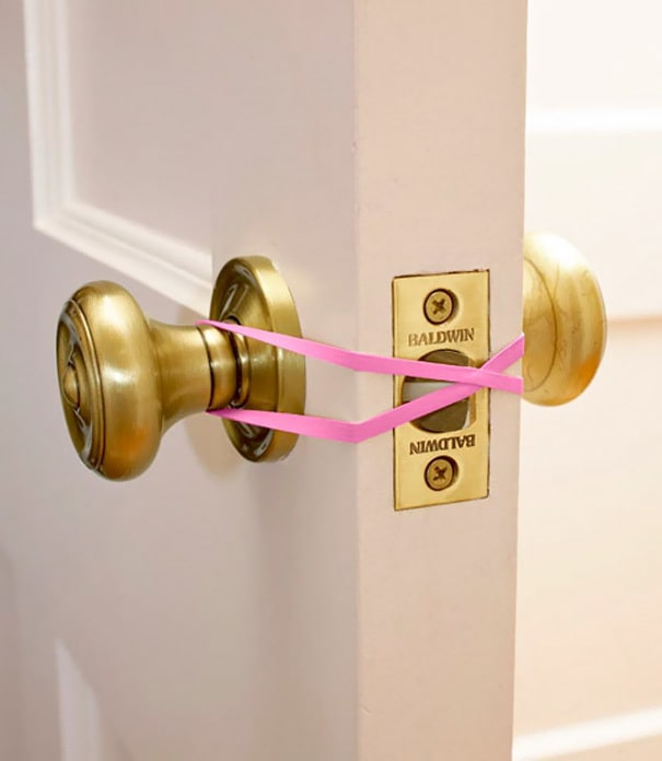 Keep A Door Open With Rubber Bands To Protect Your Kids From Getting Locked In The Bathroom