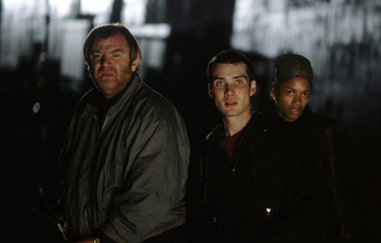 Editorial use only. No book cover usage.Mandatory Credit: Photo by Peter Mountain/Dna/20th Century Fox/Kobal/REX/Shutterstock (5884575ae) Brendan Gleeson, Cillian Murphy, Naomie Harris 28 Days Later - 2002 Director: Danny Boyle Dna Films/20th Century Fox UK Scene Still Horror 28 Jours plus tard