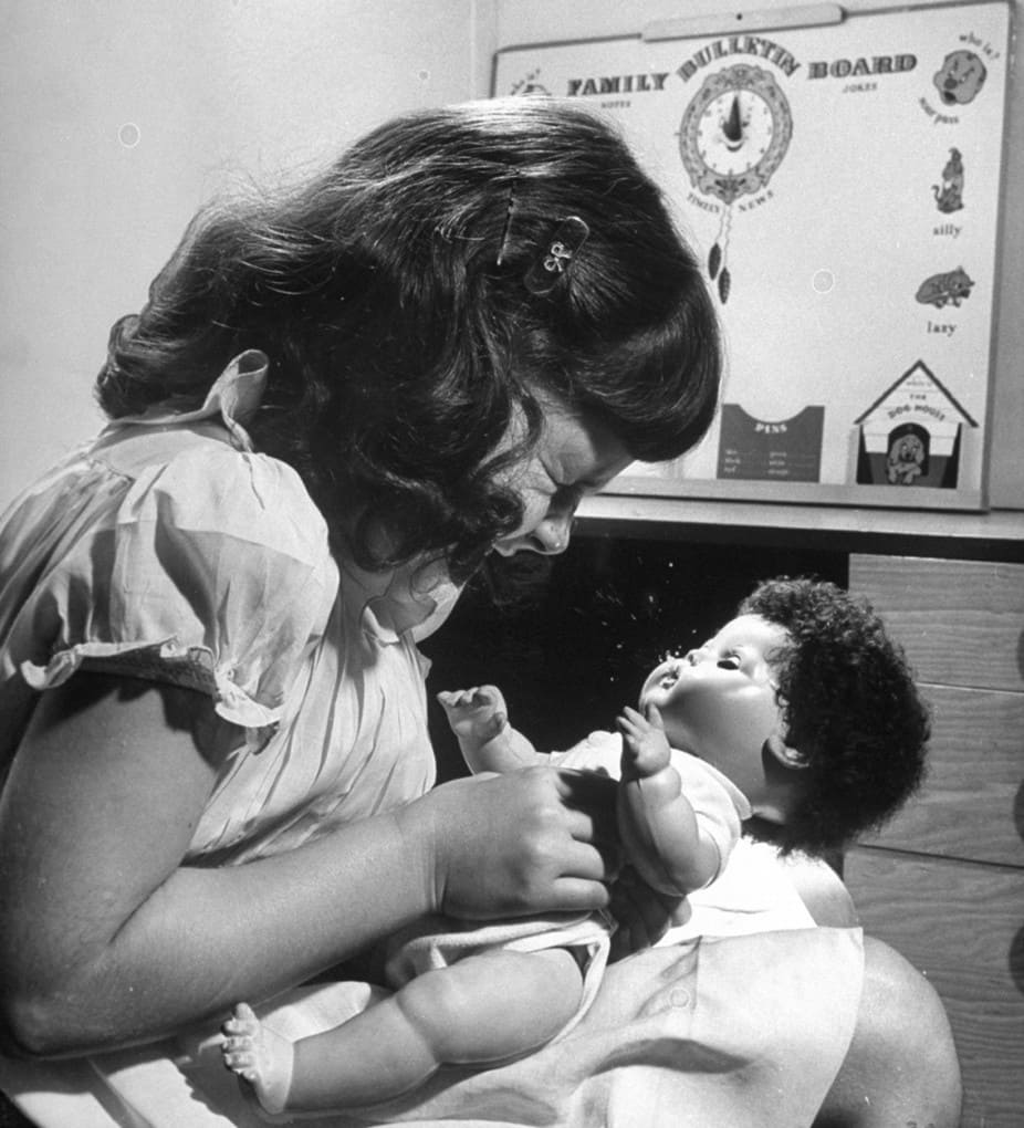 Projectile-vomiting baby dolls, 1948: