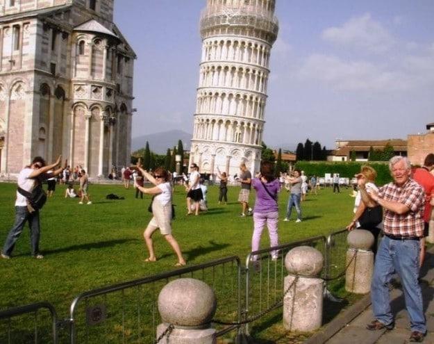 Landmarks in reality: