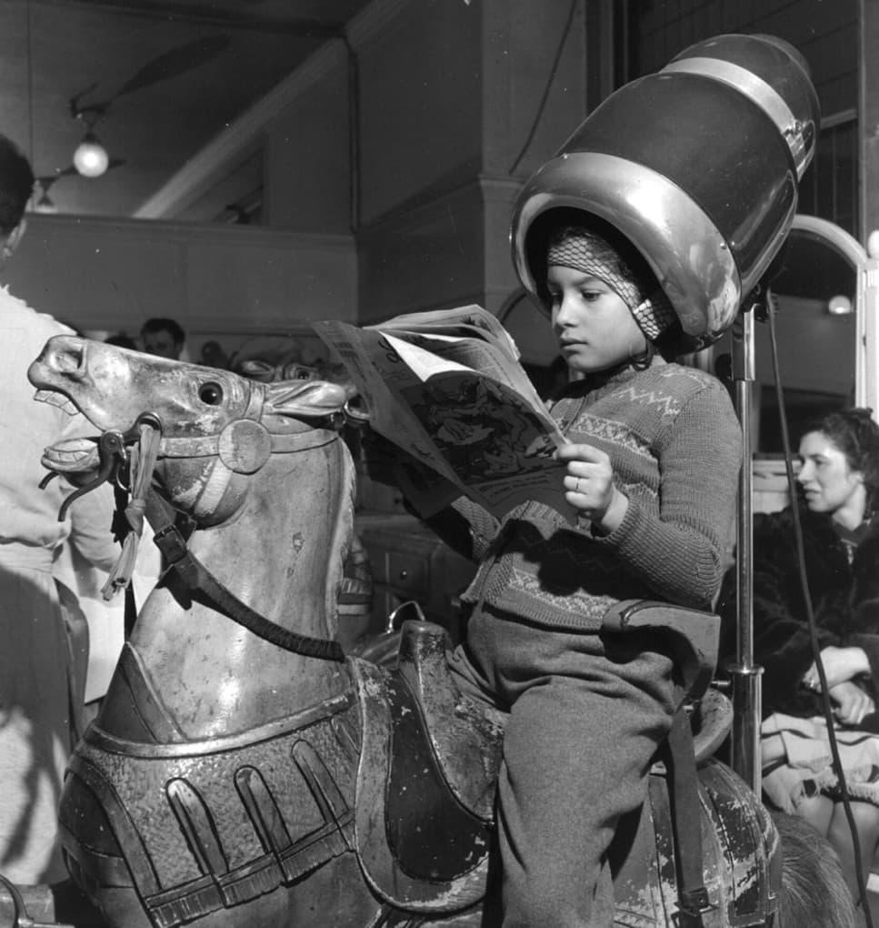 Hobby horse hair dryers, 1947: